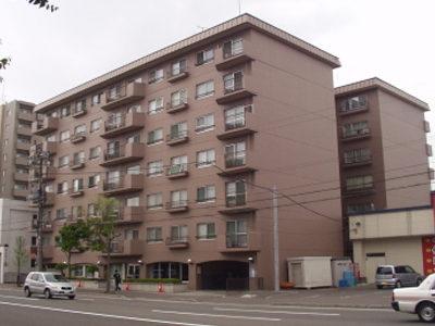 建物外観(2008.4 撮影)