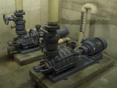 ポンプ室:施工前状況(下部受水槽)