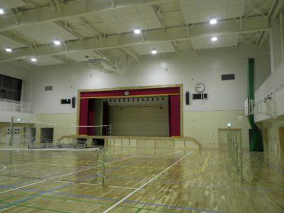 屋内体育館