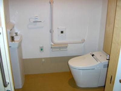 居室内トイレ(シャワー洗浄付)